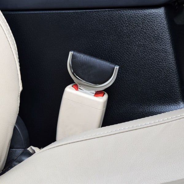 http___kartrocket-mtp.s3.amazonaws.com_all-stores_image_carplus_data_seat-belt-clip-3
